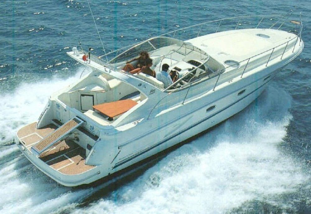 Charter yacht mira 40 3 cabins punta ala tuscany for By the cabin catamaran charters
