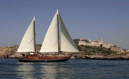La princesa del mar day charter for up to 40 people party boat ibiza