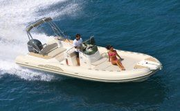 Charter boat capelli tempest 700 day charter up to 12 people juan les pins