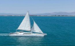 Charter catamaran mystique lagoon 50 5 cabins greece