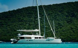 Playtime catamarans for charter in the bvi
