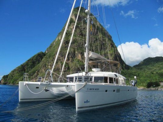 Charter catamaran artic queen lagoon 560 5 cabins split