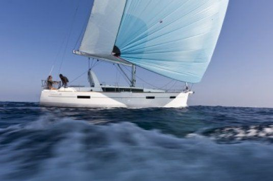 Charter boat oceanis 41 2 double cabins tortola bvi