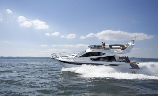 Charter yacht galeon 420 fly 3 cabins mallorca