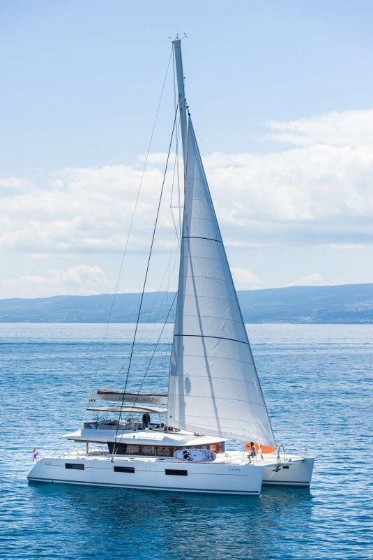 Opal lagoon 620 catamaran for charter in croatia