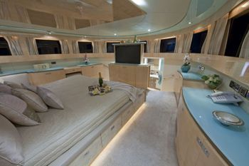 DIAMOND GIRL Can Accommodate 8 Guests In 4 Cabins.The Master Cabin, Located  On Main Deck, Has A King Size Bed, Shower And Toilet.