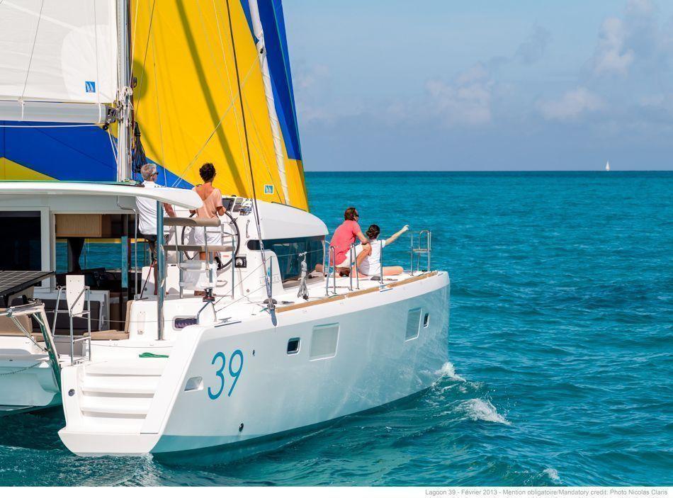 Charter catamaran lagoon 39 4 cabins greece for By the cabin catamaran charters